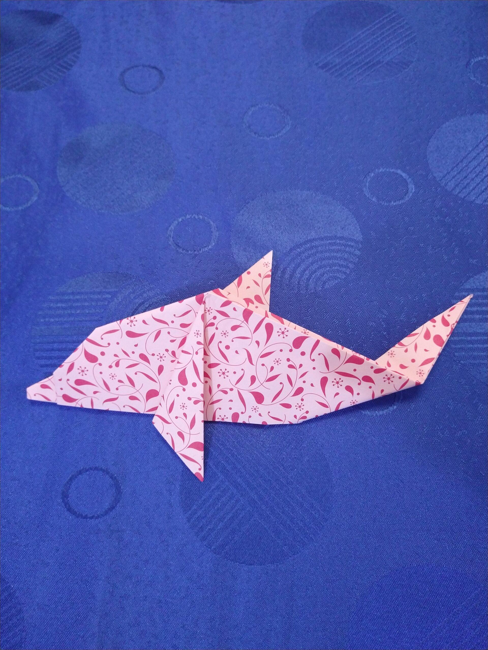 Realiza un delfín en origami